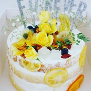 初夏の爽やかな、ウエディングケーキ