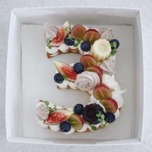カヌレのナンバーケーキ
