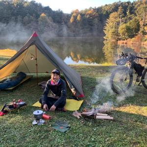 秋はバイク&キャンプに最高の時期!  バイクパッキングでお手軽一泊二日の旅に出よう♬