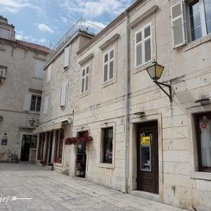 「世界でもっとも美しい町」に選ばれた【世界遺産トロギール旧市街】~2★クロアチア