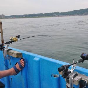 勝浦市 漁師の休日は釣り三昧♪