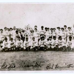 ★荒川尾久球場と米国女子野球チームの写真~消えた野球場と女子野球