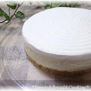 レアチーズケーキ&クリームブリュレ・チーズケーキ