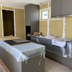建設中モデルハウスの造作一部。