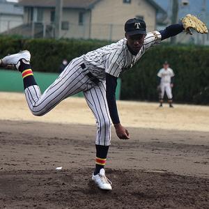 愛媛の高校野球 アドゥワ誠と田中ハモンド