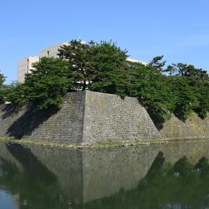 越前松平家の福井城跡を歩く。 その1 ~内堀、石垣~