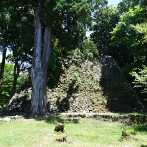 日本最大の山城、高取城登城記。 その5 <二ノ丸上段~本丸下>