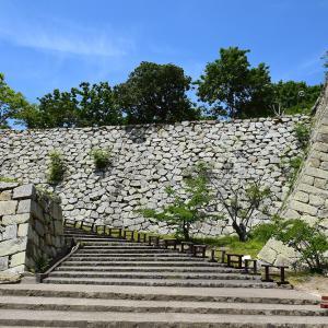 築城400周年の明石城を歩く。 その5 <本丸~巽櫓、坤櫓、艮櫓跡~>