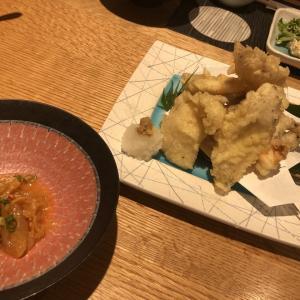 伊真沁のローストビーフサラダと日本酒