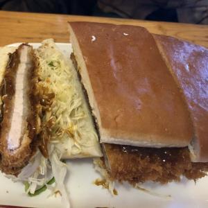 コメダ珈琲店のカツカリーパンとあんかけスパ