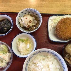 富山上袋食堂で家庭料理