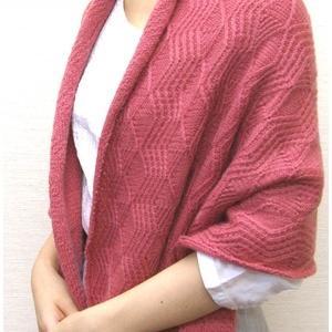 無料編み図ストール☆メリノウール100%の毛糸で上品に装う