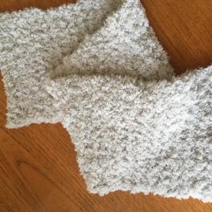 100均の毛糸『もこCAFE(モコカフェ)』を使ってかぎ針編みのスヌード☆2玉
