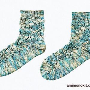 無料編み図靴下☆涼し気に透かし編み!一年中使えるちょうどいいソックス