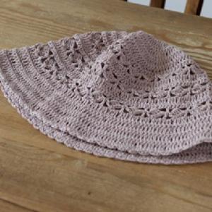 もらえる無料編み図☆日本製麻糸で編むナチュラルな帽子