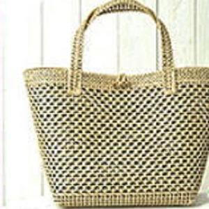 バッグ手編みセット☆ネットに編みつけるから簡単♪模様編みのかごバッグ