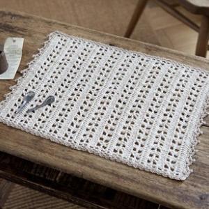 もらえる無料編み図ドイリー☆日本製麻糸で編む長方形のナチュラルなドイリー