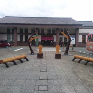 城崎温泉駅前に巨大かにが出現!!