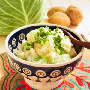 """ハロウィーンの """"ふるさと"""" ・アイルランドの伝統料理! おどろくほどおいしい、キャベツ入りポテトサラダ「コルカノン」。"""