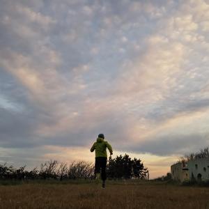 まだ暗い早朝ジョギング