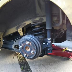 車2台を冬タイヤに交換した件