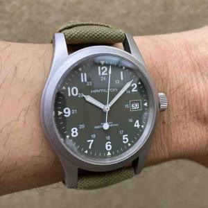 また同じような腕時計を買ってしまった