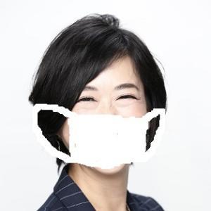 マスクに隠れてリフトアップ