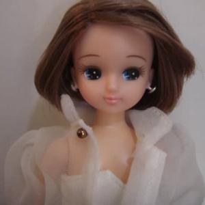 リカちゃんの髪のべたつき~。④