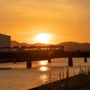 夕陽と列車を撮りに