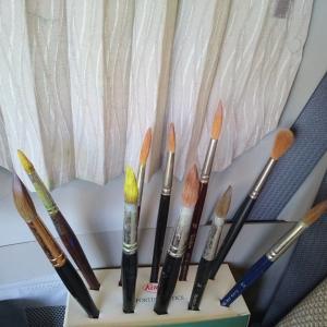水彩画の筆はどれが良いか。
