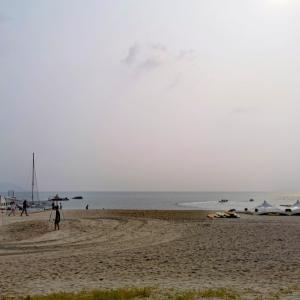 沖縄を覆う夏のベール