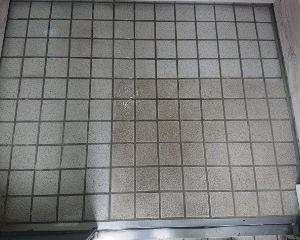 磁器タイルの洗浄