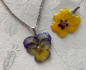 お花のアクセサリー2