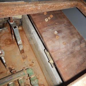漏水事故後は解体した上の防カビ工事を