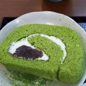 ◆抹茶のロールケーキ