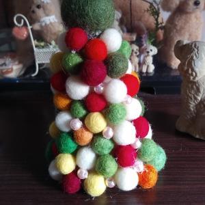 クリスマスツリーを作りました