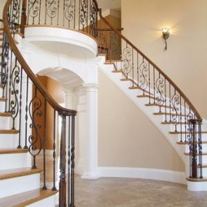 魅力的な階段 フィッツアイアンバラスター(子柱)
