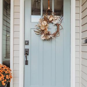 輸入玄関ドア 外開きと内開き プレハングご注文いただけます。