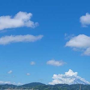 昨日の富士山と ネットニュース
