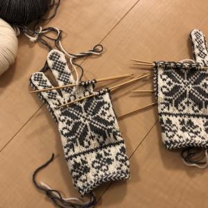 やっぱりかわいい嶋田さんの手袋