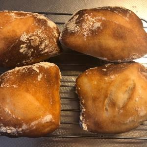 久しぶりにパンを焼きました