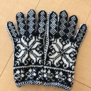 嶋田さんの手袋できた