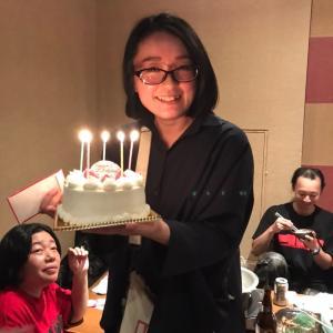 明日は綾香さん誕生日