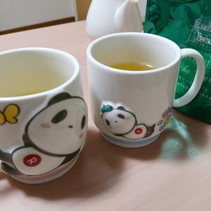 お買いものパンダのマグカップ