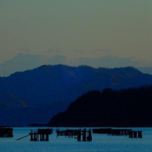 見えた!四国山地の白い壁