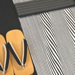 竺仙さんから出された新商品の紙のゆかた「紙糸ゆかた」を紹介します