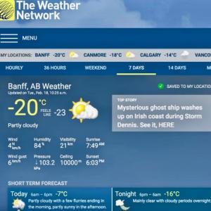 『朝の気温はマイナス20℃と久々の低さ』『晴れてる青空は気持いい』『春っぽいカフェ』『昔からある古いホテルKing Edward Hotel』Banff,Canada