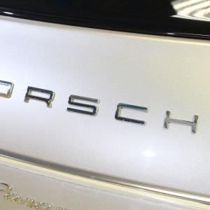 2009y PORSCHE Panamera Sをご紹介させて頂きます!