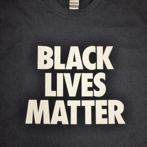 プリント事例:『BLACK LIVES MATTER』