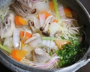 10月13日  骨付き鶏と野菜たっぷりにゅう麺